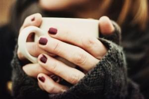 6 простих способів зберегти лак на нігтях від лущення